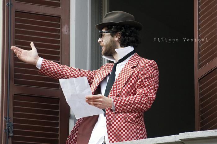 Il Re oggi gira. Voi no? (Via Giorgio Regnoli, Forlì) Associazione Casa del Cuculo - Foto 12