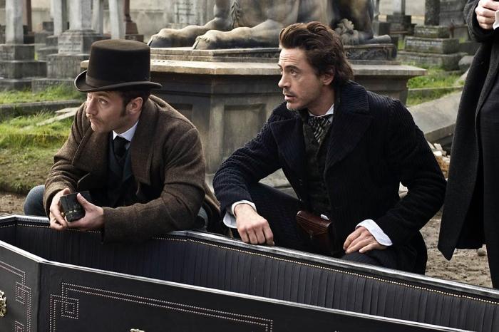 Sherlock Holmes, di Guy Ritchie, con Robert Downey Jr. e Jude Law