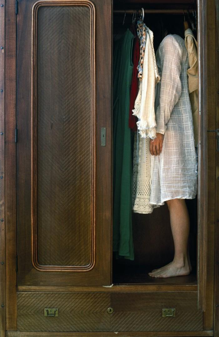 Alessandra Spranzi - L'armadio (Cose che accadono)
