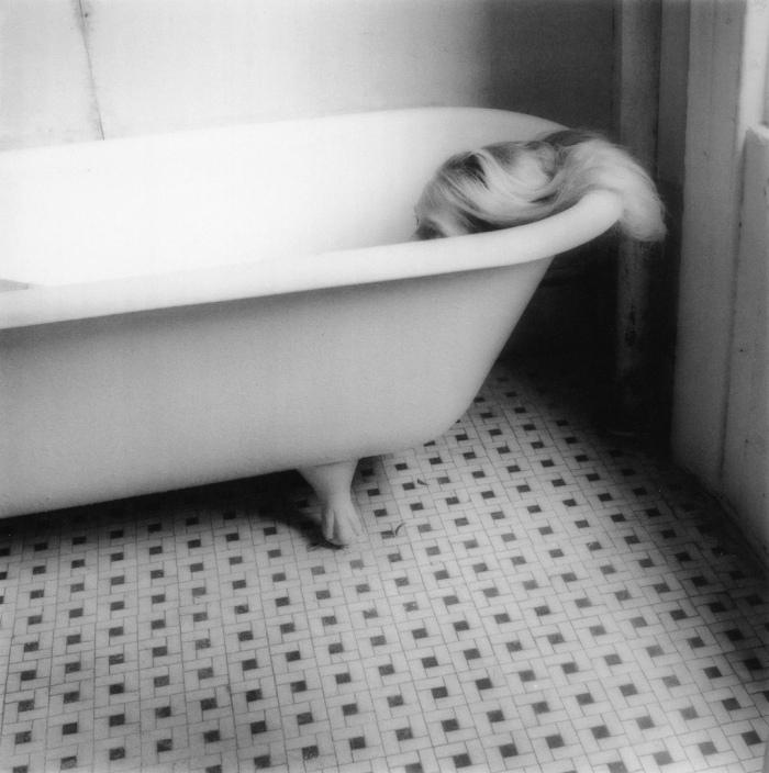 Mostra di Francesca Woodman a Milano, Palazzo della Ragione (foto 4)