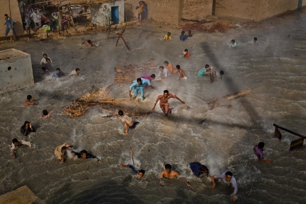 People in the News: 1st prize stories. Daniel Berehulak, Australia, Getty Images. Pakistan floods, August-September