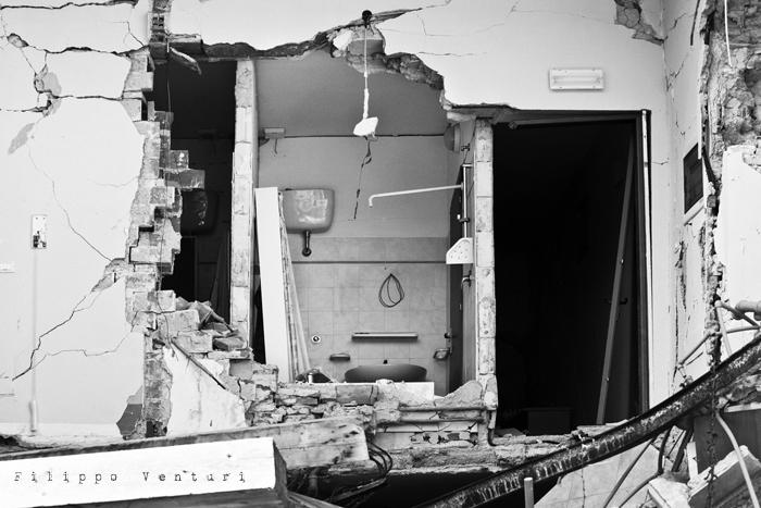 L'Aquila Earthquake, photo #17