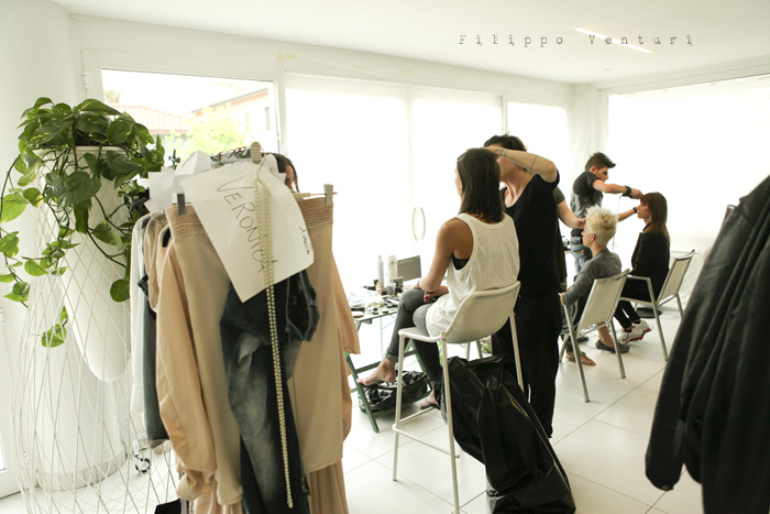 Backstage sfilata di moda, (Fashion show backstage) foto 11
