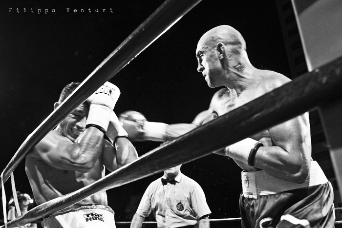 Boxe: Matteo Signani vs Lorenzo Cosseddu (foto 6)