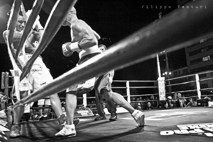 Boxe: Matteo Signani vs Lorenzo Cosseddu (foto 7)