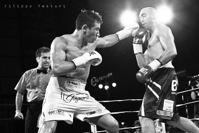 Boxe: Matteo Signani vs Lorenzo Cosseddu (foto 11)