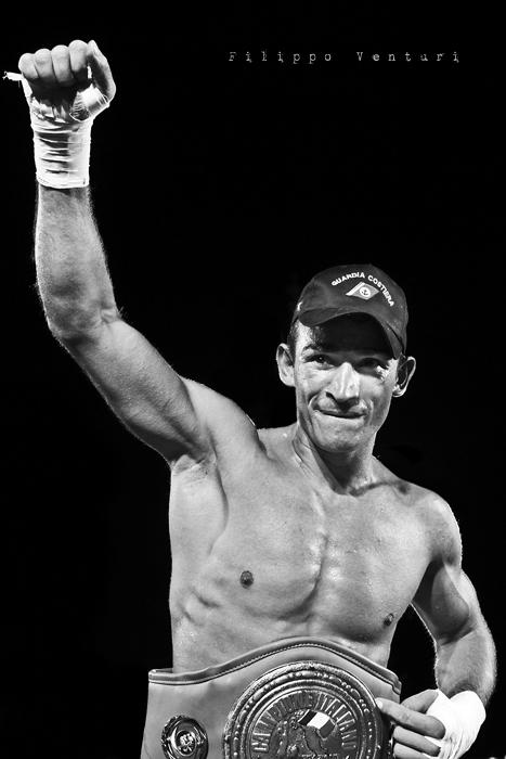 Boxe: Matteo Signani vs Lorenzo Cosseddu (foto 14)