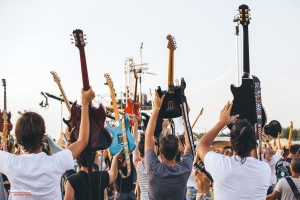 Concert: Rockin'1000, Foo Fighters