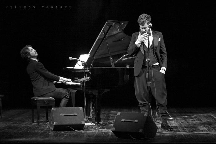Gli Scontati al Teatro Petrella di Longiano (Giacomo Toni e Lorenzo Kruger), Tour 2011, foto 3