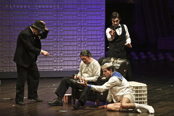 La Resistibile Ascesa di Arturo Ui, di Bertolt Brecht, con Umberto Orsini, foto 3