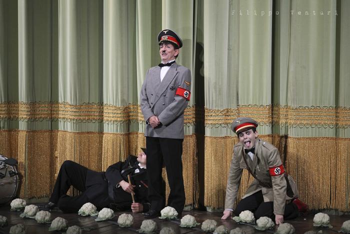 La Resistibile Ascesa di Arturo Ui, di Bertolt Brecht, con Umberto Orsini, foto 22