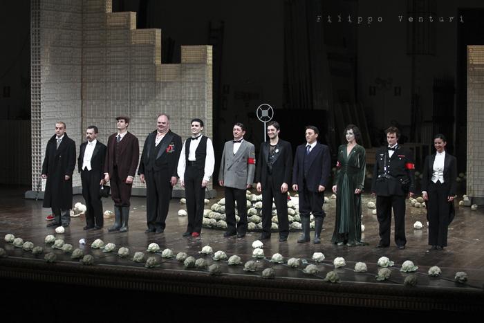 La Resistibile Ascesa di Arturo Ui, di Bertolt Brecht, con Umberto Orsini, foto 27