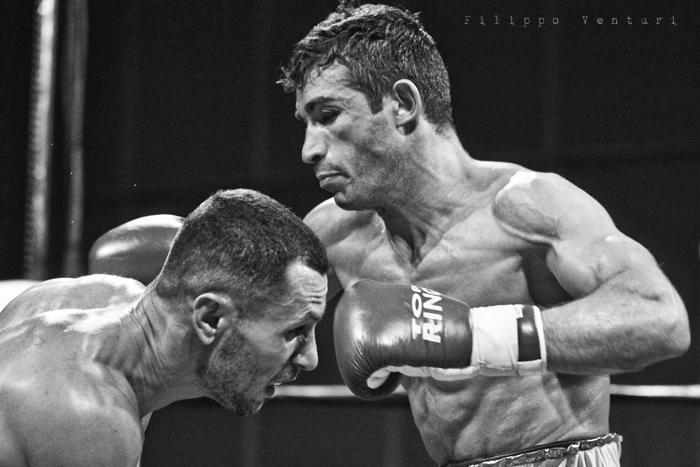 Boxe: Matteo Signani vs Simone Rotolo (foto 9)