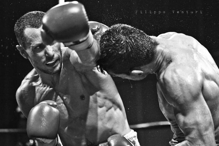 Boxe: Matteo Signani vs Simone Rotolo (foto 12)