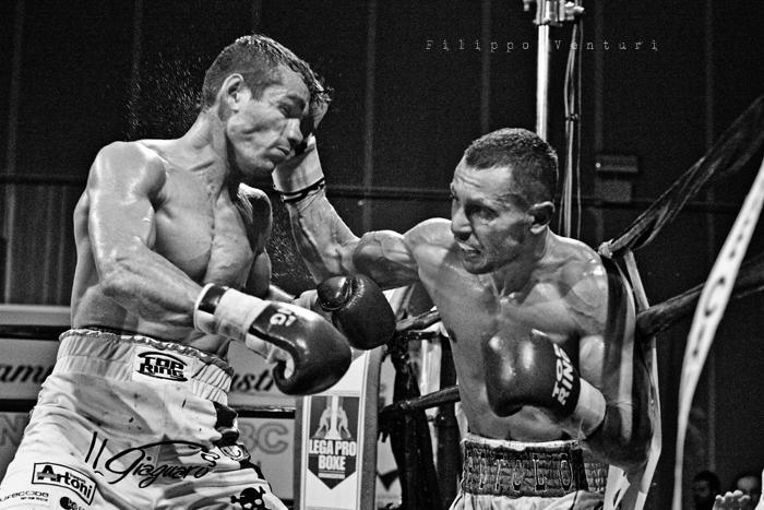 Boxe: Matteo Signani vs Simone Rotolo (foto 13)
