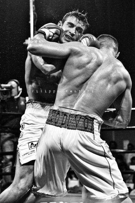 Boxe: Matteo Signani vs Simone Rotolo (foto 17)