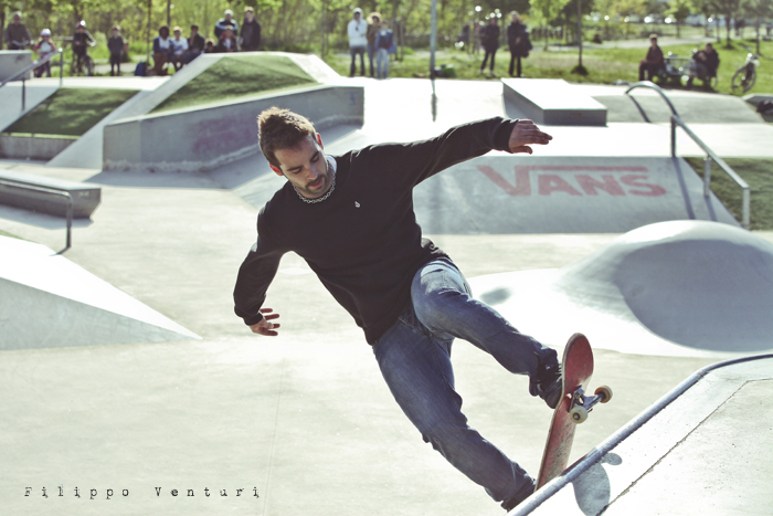 Jurassic Skatepark: Who is the rider? (foto 11)