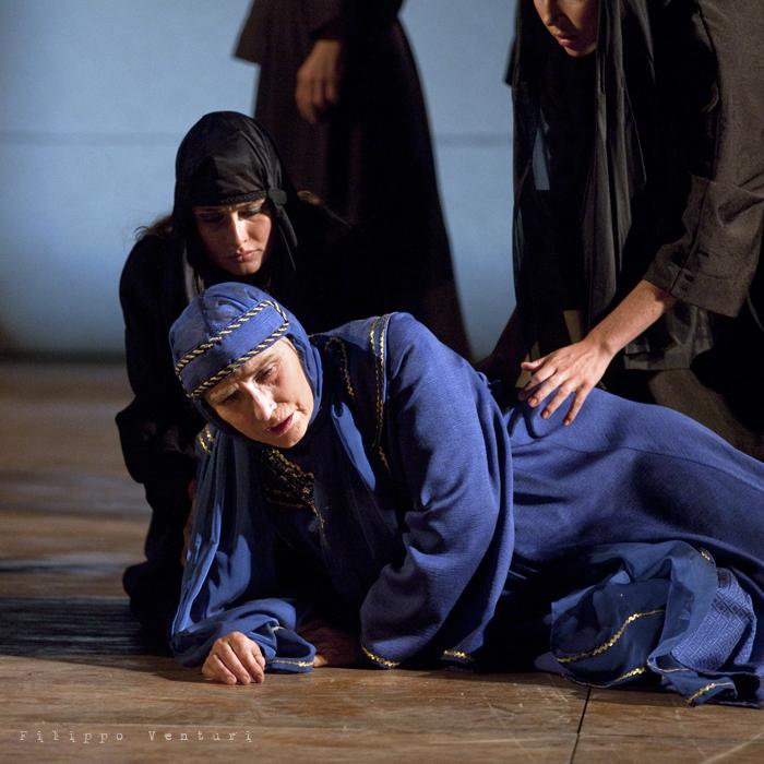 Le Troiane, con Ivana Monti ed Edoardo Siravo, foto 13