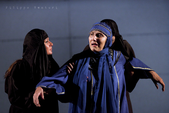 Le Troiane, con Ivana Monti ed Edoardo Siravo, foto 15