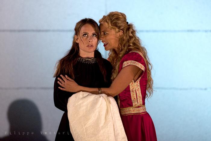 Le Troiane, con Ivana Monti ed Edoardo Siravo, foto 31