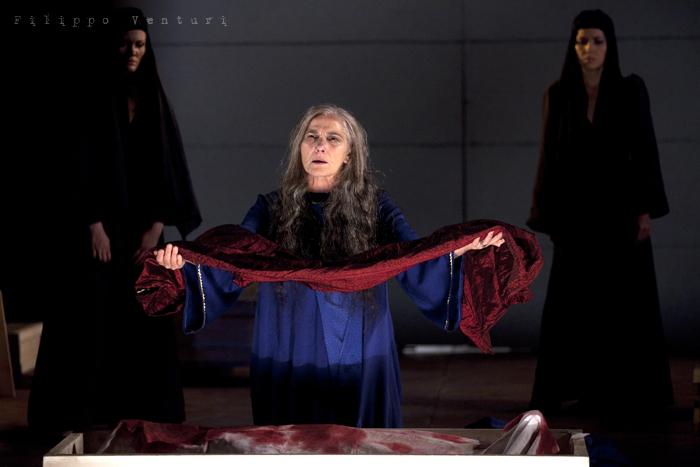 Le Troiane, con Ivana Monti ed Edoardo Siravo, foto 39