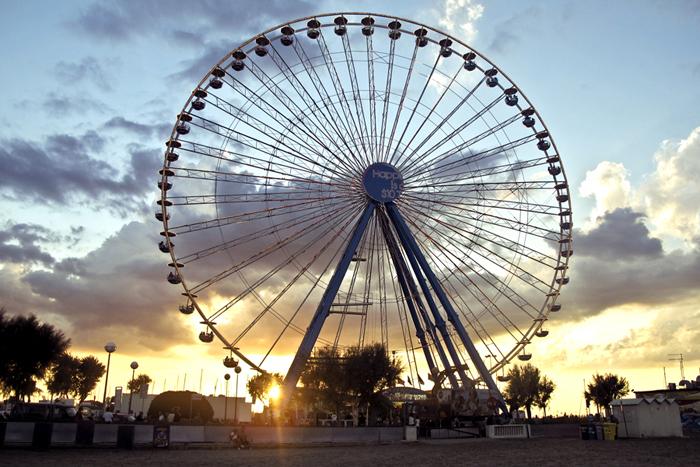 L'ultimo giorno della ruota di Rimini, foto 1