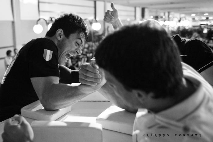 Arm Wrestling, photo 6