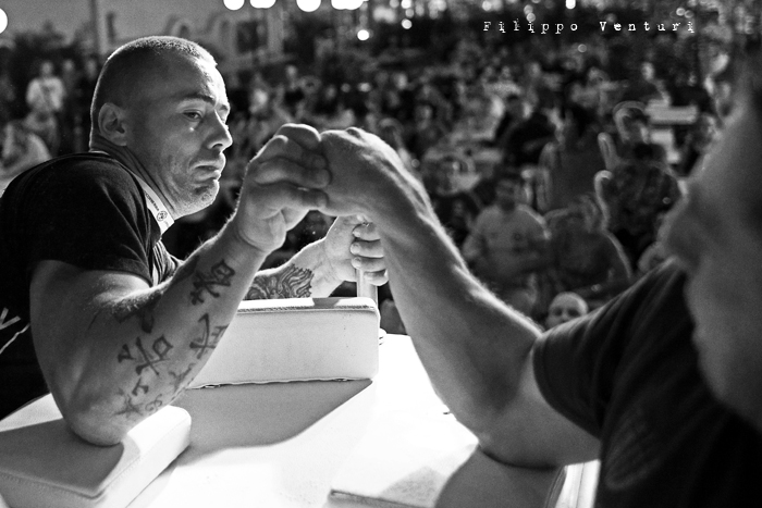 Arm Wrestling, photo 8