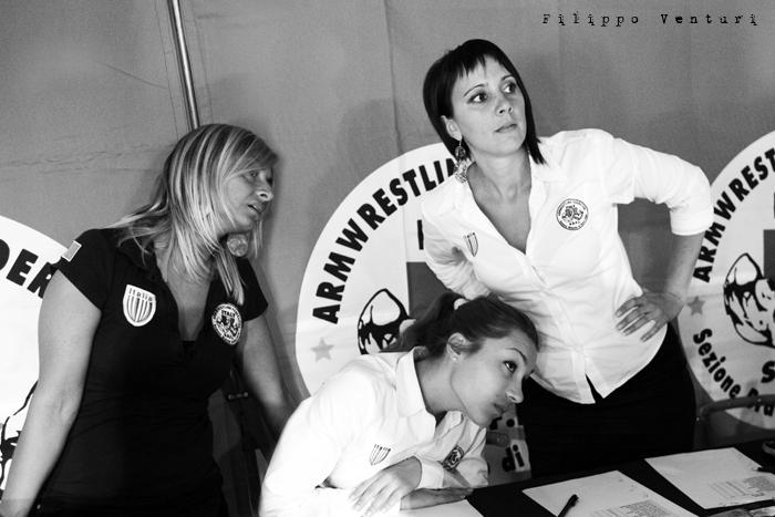 Arm Wrestling, photo 9