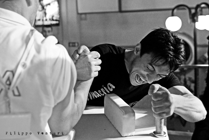 Arm Wrestling, photo 11