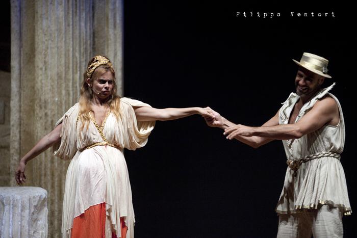 Anfitrione, con Debora Caprioglio ed Enrico Guarneri, foto 28