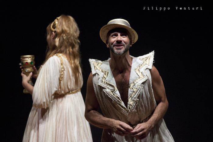 Anfitrione, con Debora Caprioglio ed Enrico Guarneri, foto 31