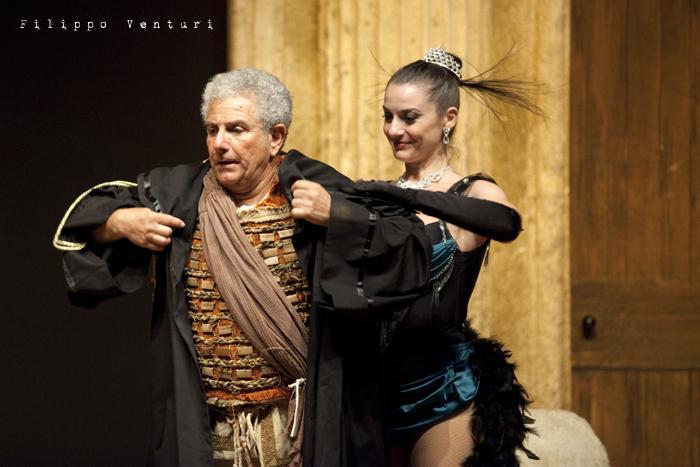 Anfitrione, con Debora Caprioglio ed Enrico Guarneri, foto 43