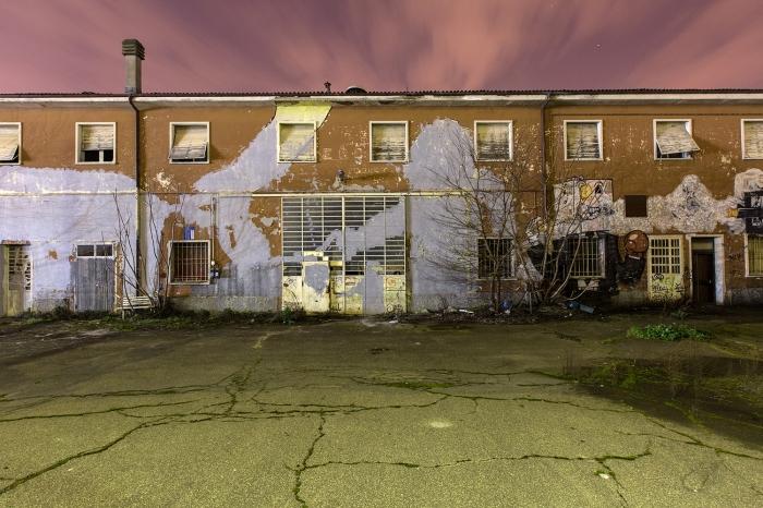 I murales di Blu cancellati in Via Zanardi, Bologna
