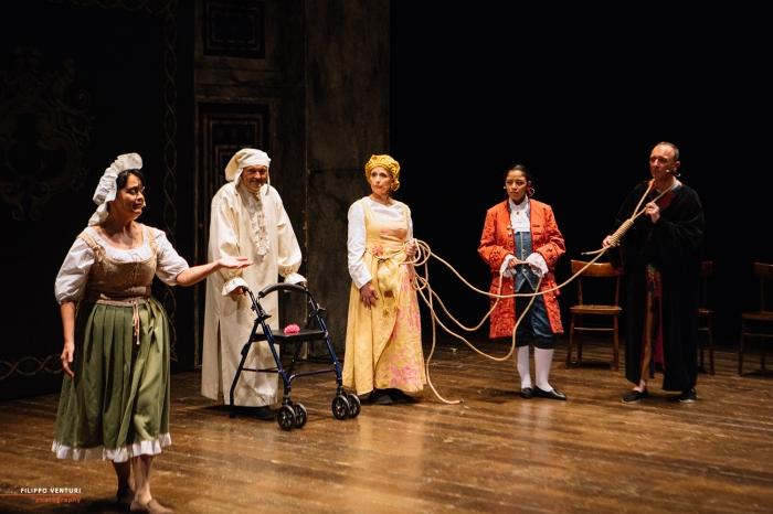 Il medico per forza, di Molière, al Teatro Bonci di Cesena, foto 21