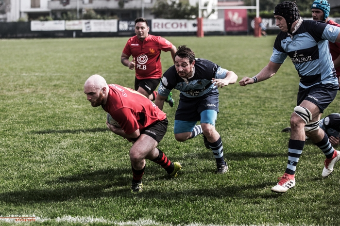 Rugby, 25
