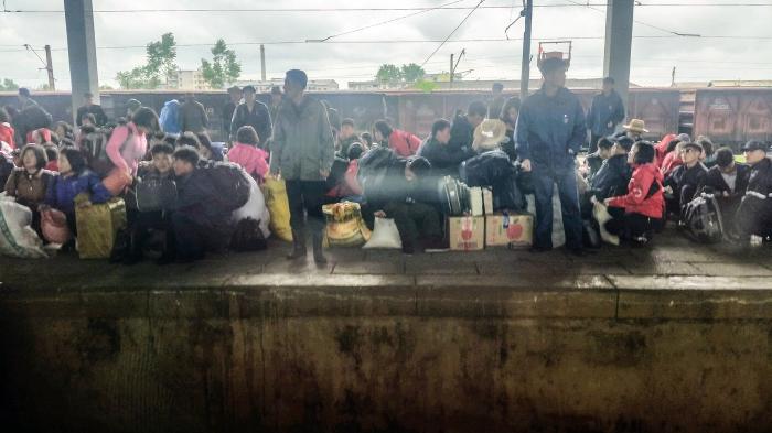 Uncensored, crossing North Korea by train, photo 3