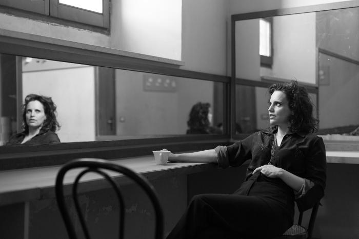 Anna Calvi in Rimini, Italy (July 31, 2018).Filippo Venturi for Der Spiegel.
